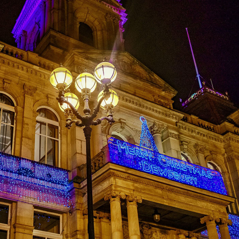 Dewsbury Town Hall - Thursday 20th December - 7pm